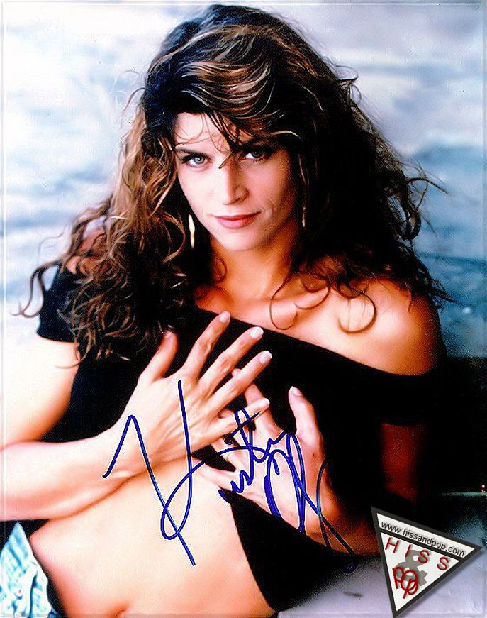 25 2006-12-21 Young Kirstie Alley Skinny